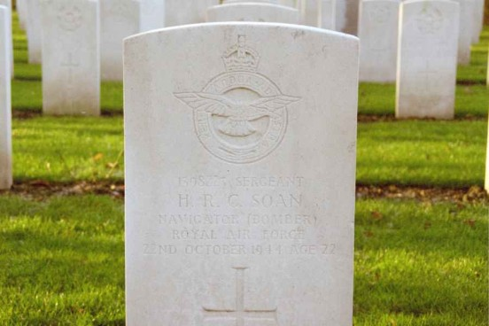 Grave of Sergeant Humphrey Rupert Cruse Soan at Blacon Cemetery, Chester