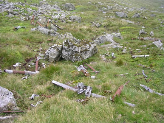 Undercarriage parts near the crash site of Avro Lincoln RF511 on Carnedd Llewelyn, Gwynedd, Wales - Copyright Peak District Air Accident Research