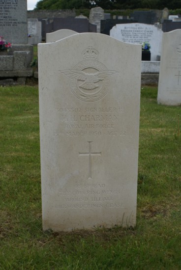 Grave of Signaller 3 Harold Henry Charman at Holyhead Cemetery, Anglesey, killed onboard Lincoln RF511 on Carnedd Llewelyn