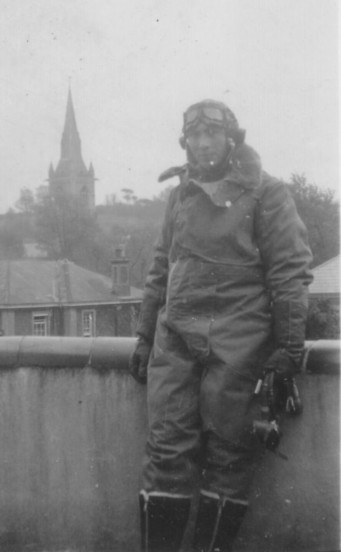 Flying Officer Willie Van Leemputten, Navigator of Armstrong Whitworth Albemarle V1604 which crashed near Ashbourne