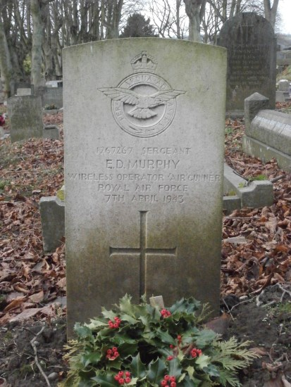 Grave of Sergeant Eric Desmond Murphy at Ashbourne Cemetery