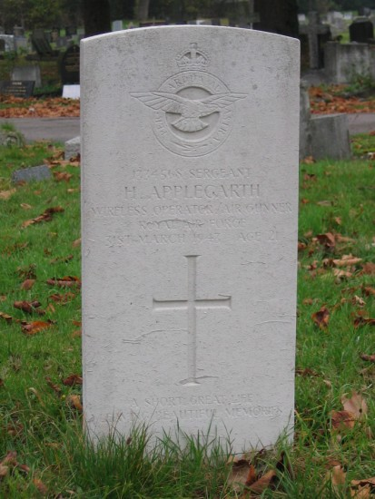 Grave of Sergeant Henry Applegarth at Sutton Cemetery, Surrey