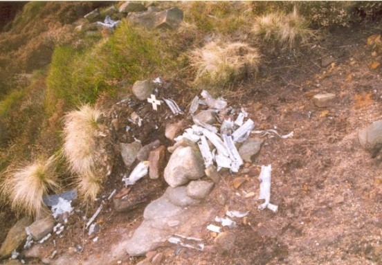 Wreckage at the crash site of Vickers Wellington W5719 on Far Upper Tor, Kinder Scout, Edale