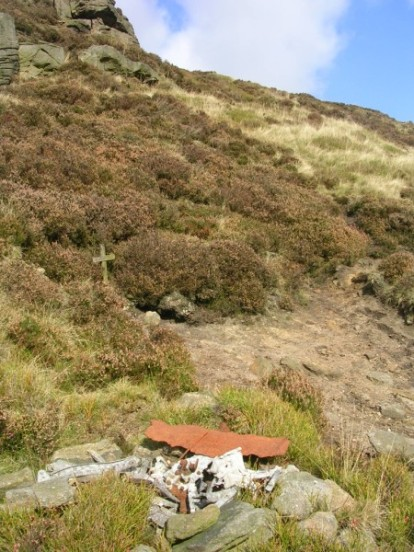Crash site of Vickers Wellington Mk.IC W5719 on Far Upper Tor, Kinder Scout, Edale