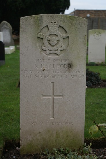 Grave of Flying Officer Keith Pettiford at Fradley Churchyard near Lichfield airfield