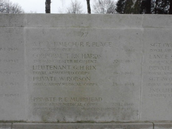 Screen wall at Manchester Southern Cemetery commemorating Aircraftman 2nd Class Raymond Reed Place, Royal Air Force