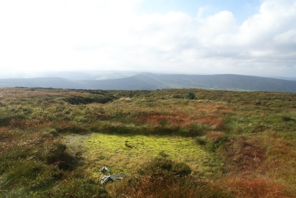 Crash site of Wellington X3348 on Blackden Edge, Kinder, in October 2016