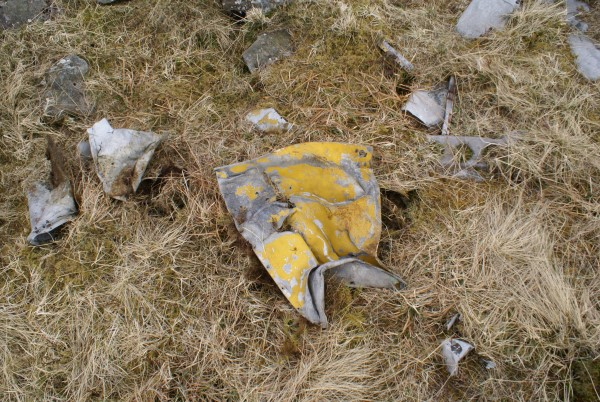 Wreckage from Airspeed Oxford T1287 on Shalloch on Minnoch, Ayrshire