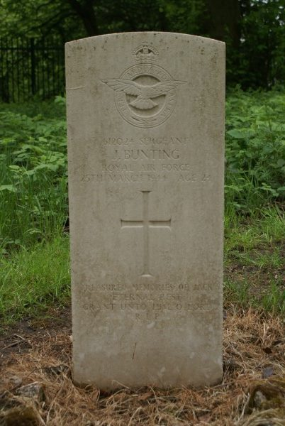 Grave of Sergeant John Bunting at Stockport Willow Grove Cemetery, killed on Consolidated Catalina JX210 on Shetland
