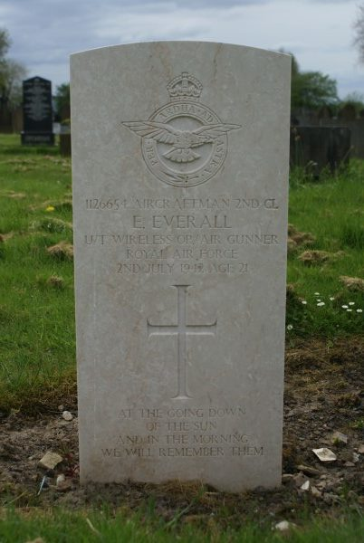 Grave of Aircraftman Ernest Everall RAFVR at Droylsden Cemetery, Tameside, Manchester