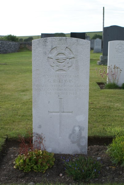 Grave of Sergeant Gordon Ralph Lewis, Royal Canadian Air Force  at Kirkinner Cemetery, Dumfries and Galloway