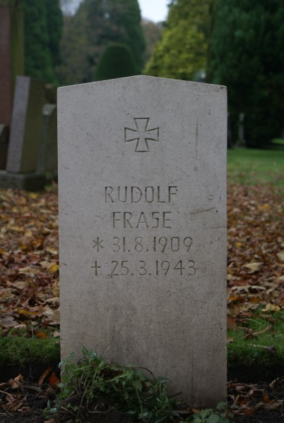 Grave of Hauptmann Rudolf Frase at Carlisle Dalston Road Cemetery
